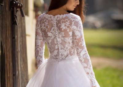 Bílá Růže svatební šaty