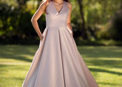 Bílá Růže svatební a společenské šaty